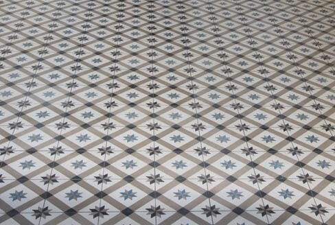 Sojourn in old and geometric cement tiles in Nottingham by Cimenterie de la Tour