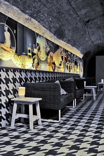 restaurant floor in cement tiles