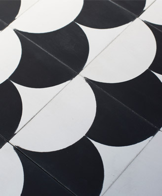 Contemporary stil cement tiles for kitchen in Bristol England, Cimenterie de la Tour